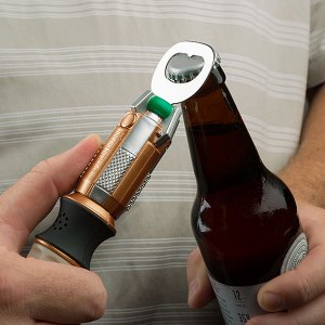 ivqq_dw_sonic_screwdriver_bottle_opener_inuse.jpg