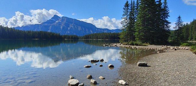 two jack lake2.jpg